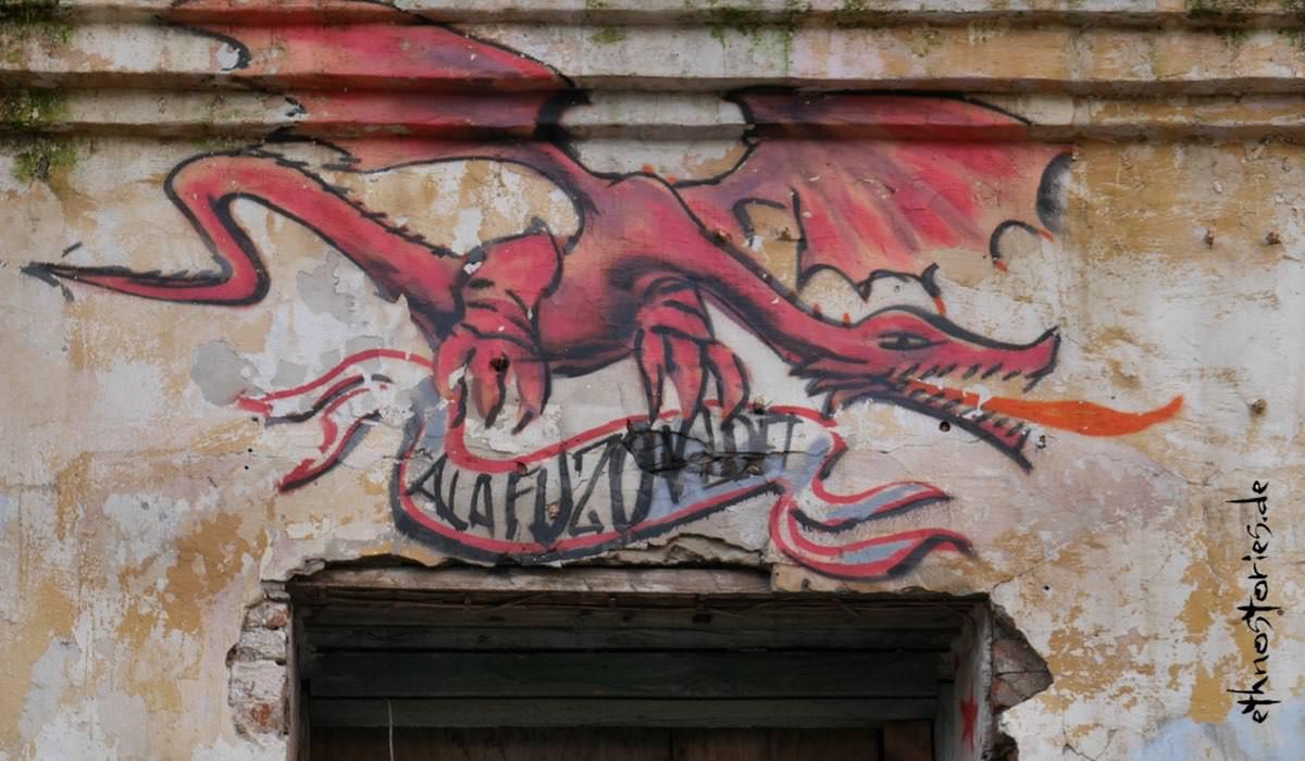 Silant, der Drache von Kasan (Tatarstan), Street Art im Künstlerzentrum Alafuzov Loft
