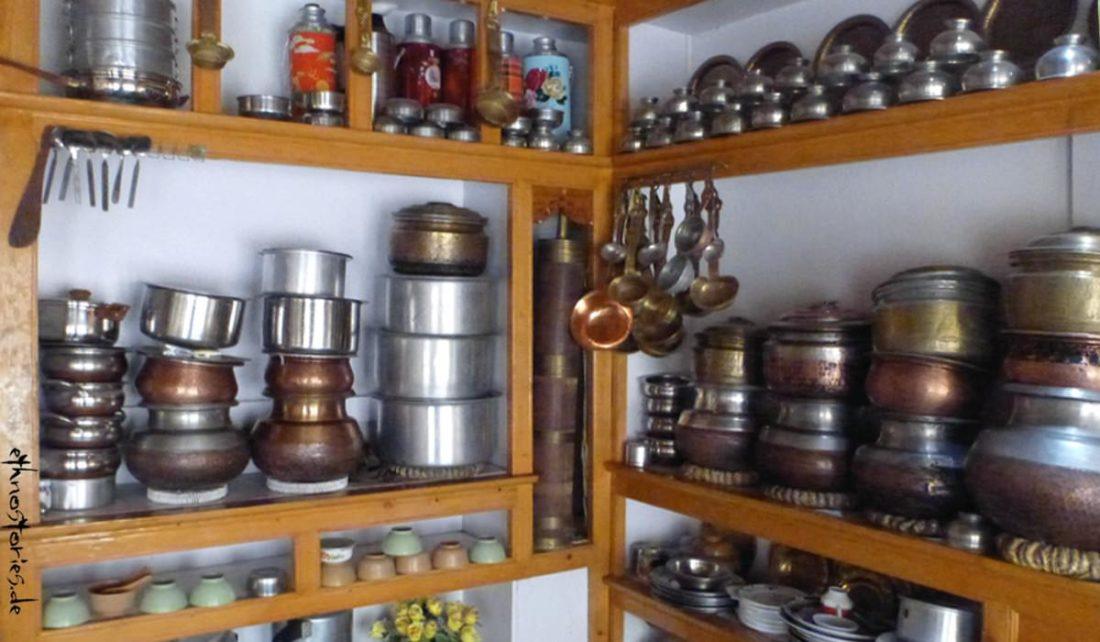 Blick in eine traditionelle Küche, Ladakh, Indien - Betragsfoto: Märchen erzählen