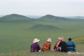 Artikelfoto: In die Mongolei reisen - Tipps für die Steppe unterm ewig blauen Himmel